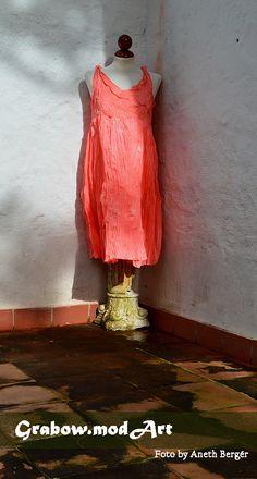 trabajo de seda. colorada en pink