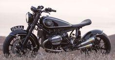 BMW R NineT Bobber Classic by Roland Sands #motorcycles #bobber #motos | caferacerpasion.com