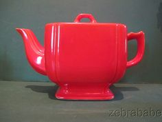Riveria Teapot