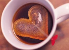 Heart Shaped Tea Bags http://www.handimania.com/diy/heart-shaped-tea-bags.html