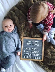 Take a look at these creative felt board quotes. Felt board ideas are both inspiring and funny on Frugal Coupon Living. Monthly Baby Photos, Monthly Pictures, Funny Baby Pictures, Funny Baby Quotes, Humor Quotes, Sports Pictures, Funny Images, Funny Photos, Baby Milestone Chart