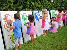 A Lovely Art Party Could be a cute idea for a toddler birthday party! Or a fun day outside for a playdate :)Could be a cute idea for a toddler birthday party! Or a fun day outside for a playdate :) Art Birthday, 3rd Birthday Parties, Summer Birthday, 2 Year Old Birthday Party Girl, Kids Birthday Party Ideas, Kid Parties, Outdoor Birthday Parties, Kids Art Party, Childrens Parties
