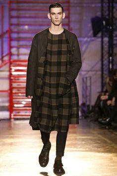 Cerruti Menswear Fall Winter 2014 Paris - NOWFASHION