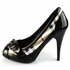 BURBERRY - High Heels Shoes Black and white