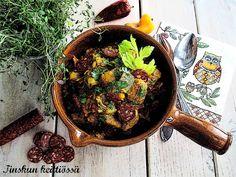 Tinskun keittiössä Cast Iron, It Cast, Tapenade, Iron Pan, Kitchen, Cooking, Kitchens, Cuisine, Cucina
