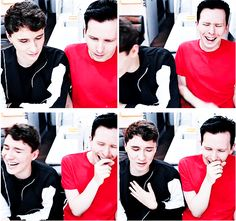 GIF SET: What Dan and Phil Text Each Other