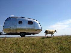 Vintage Airstream, Airstream Trailers, Caravans, Motorhome, Carousel, Recreational Vehicles, Rv, Camping, Auto Racing