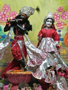 15 Sep 2016 Mangla Darshans   #love #radha #krishna #happy #beautiful #harekrishna #ISKCON #chandigarh http://ift.tt/2cG923q