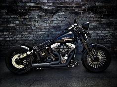 Road King Bobber... Nice work. Harley Davidson