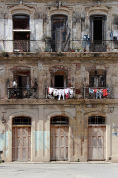 Dry naturally . Cuba