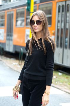Black with black -- Molto Bella: Milan Street Style
