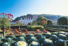 Five of the best European palace gardens for couples to enjoy on a romantic getaway Château De Villandry, Palace Garden, Château Fort, Potager Garden, Romantic Getaway, Photos Du, Garden Art, Dolores Park, Explore