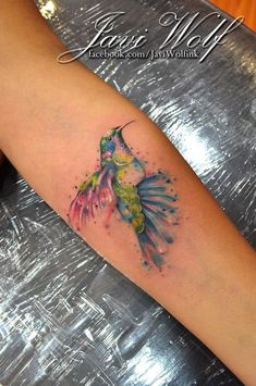 Tattooed by javiwolfink Red Ink Tattoos, Time Tattoos, Flower Tattoos, Sleeve Tattoos, Cool Tattoos, Tatoos, Javi Wolf, Watercolor Tattoo Feather, Watercolor Bird
