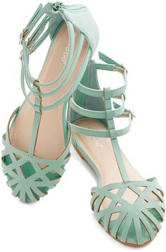 Dew the Honors Sandal in Mint