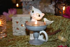 ;-) Bougie Partylite, Table Lamp, Home Decor, Candles, Table Lamps, Decoration Home, Room Decor, Home Interior Design, Lamp Table