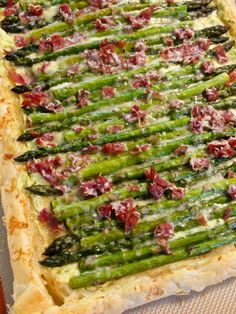 Asparagus Tart with creamy Ricotta puree and Soppressata - Home - Sweetbites Blog - Tarte de Espargos