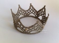 Princess Danielle Crown in 'champagne'  love this color....