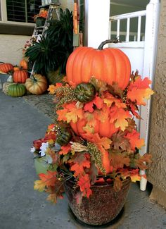Little Bit of Paint: Thrifty Thursday: DIY Pumpkin Topiary and Fall Porch