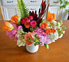 Hobnail vase for flower arrangement - A Detailed Palette