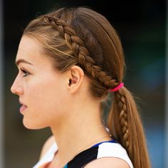 Sweat-Tested Braided Hairstyles for Running from Colleen Quigley — Shape Sweat-Tested Braided Hairstyles for Running from Colleen Quigley<br> Learn how to do a french braid, braided ponytail, and headband braid from the athlete behind Running Hairstyles, Basketball Hairstyles, Athletic Hairstyles, Sporty Hairstyles, Braided Ponytail Hairstyles, Workout Hairstyles, Box Braids Hairstyles, Hairstyles Videos, Game Day Hair