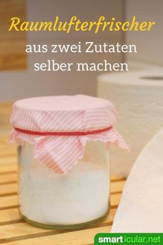 Natürlichen Raumlufterfrischer selber machen mit Natron If it smells bad in the bathroom or toilet, this inexpensive, homemade soda air freshener helps! He removes the smell instead of just covering it up. Bathroom Cleaning Hacks, Toilet Cleaning, Deep Cleaning Tips, House Cleaning Tips, Goji, Savon Soap, Natural Air Freshener, Clean Baking Pans, Cleaning Painted Walls