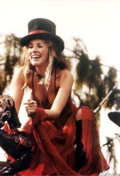 Stevie Nicks in 1978...luv her look :-)