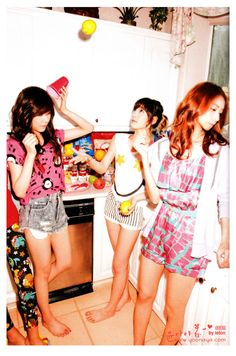 140827 SNSD Girls' Generation In Las Vegas' Photobook.   For more HD snsd photos in Las Vegas. Visit my instagram profile and follow: @/simply.kpopgirls  Models: yoona, tiffany & taeyon.