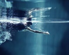 The best exercises for your body, from swimming and tai chi to walking and kegel exercises! Best Swimming Workouts, Fun Workouts, Swimming Tips, Professional Swimmers, Lago Ness, Swimming Strokes, Swimming Benefits, Sink Or Swim, Swim Training