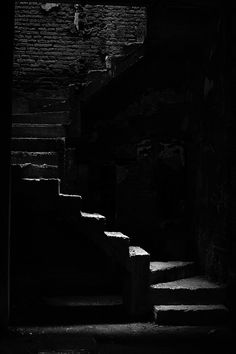 Stairs / Black and White Photography Dark Photography, Black And White Photography, Affinity Photo, Pics Art, Stairway To Heaven, Dark Places, Black Paper, Shades Of Black, Light And Shadow