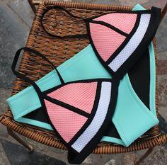 Mesh Colorblock Triangle Bikini Set