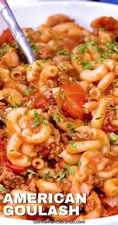 *NEW* This classic American Goulash is easy, home-style, comfort food! Made in one pot. Perfect for feeding a crowd or hungry family. Loaded with beef and pasta. #AmericanGoulash #Goulash #Pasta #ComfortFood #Dinner #Recipe Top Recipes, Pasta Recipes, Dinner Recipes, Healthy Recipes, Dishes For Dinner, Cheap Recipes, Healthy Salads, Delicious Recipes, Free Recipes