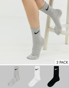Buy Nike white black and grey swoosh logo 3 pack crew socks at ASOS. Get the latest trends with ASOS now. Black And White Nikes, Grey Nikes, Black And Grey, White Nike Socks, Vans Girls, Nike Outfits, School Outfits, Nikes Girl, Active Wear For Women