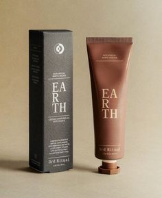 Skincare Packaging, Cosmetic Packaging, Beauty Packaging, Luxury Packaging, Luxury Branding, Design Food, Web Design, Logo Design, Packaging Box Design