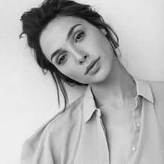 "Gal ""Wonder Women"" Gadot Up Close And Personal"
