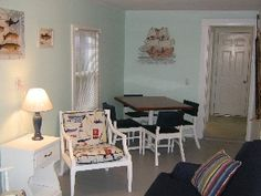 Charming Beachside Two Bedroom Cottage
