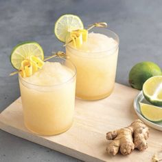 A combination of ginger lime, this unique flavor tastes best when mixed with chardonnay, and provides a delicious wine slushy your taste-buds will thank you for. This frappé can also be made with hard liquor, like vodka. Frozen Cocktails, Fun Cocktails, Cocktail Recipes, Orange Wine, Blood Orange, White Wine, Strong Cocktails, Cocktail Mix, Orange Recipes