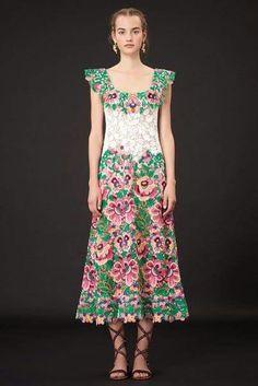 floral dress Vogue Fashion Week, Fashion Shows 2015, Runway Fashion,  Fashion 2015, 137502b8f8
