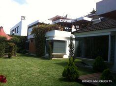BITV: Bienes Inmuebles Guatemala: Preciosa casa familiar con bellos acabados cuenta con un hermoso jardín grande, habitaciones únicas acompañadas de preciosas vistas, comience a realizar sus sueños en esta hermosa casa.
