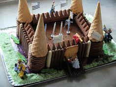 Chocolate birthday cake: Fortress theme and knight - Teatime gourmand Fortress Gateau