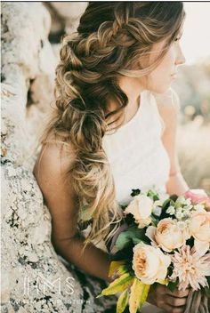 Side Braid Bride - beautiful hair styles for wedding Bridal Hairstyles With Braids, Bridal Braids, Side Swept Hairstyles, Fancy Hairstyles, Braids For Long Hair, Braided Hairstyles, Wedding Hairstyles, Teenage Hairstyles, School Hairstyles