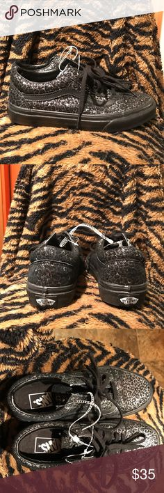 39cf17ea97 Shop Women s Vans size Various Sneakers at a discounted price at Poshmark.