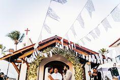 """Janira & Henrique - Destination Wedding - Um casamento divertidamente descrito como """"Rústico-romântico com toques mediterrâneos e zen-baianistas""""."""