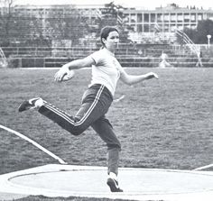 Oregon women's track & field athlete Karen Marshall throws a discus 1976. From the 1976 Oregana (University of Oregon yearbook). www.CampusAttic.com