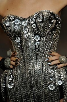 metal, chains and studs on Pinterest | Spikes, Chains and Studs