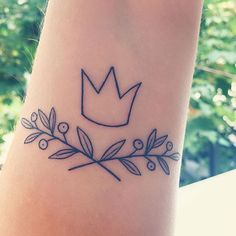 My birthday present to myself! Olive branches to show the progress I've made towards being at peace with my body and my whole being. And a crown so, should I ever forget, I have a symbol to always remind me that I am a queen of infinite worth. I'm IN LOVE with my tattoo and I'm IN LOVE with life! #mybodymychoice #bodypositive #bopo #crowntattoo #olivebranchtattoo #happybirthdaytome #selflove #bodylove