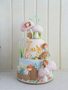 Looking for baby shower cakes but unsure about where to start? This post has tons of beautiful cake examples plus helpful tips on how to choose your own. Fairy Garden Cake, Garden Cakes, Fairy Birthday Cake, Birthday Cake Girls, Girly Cakes, Cute Cakes, Yummy Cakes, Novelty Cakes, Partys