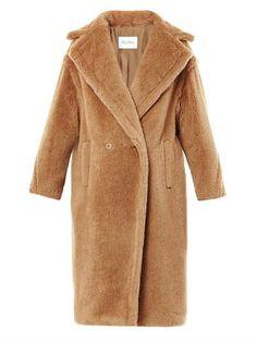 Carrara coat   Maxmara   MATCHESFASHION.COM The teddy bear coat Looks so warm!