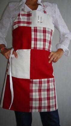 Tablier de patchwork écossais, lin grenat et toile blanche : Cuisine et service de table par theophile