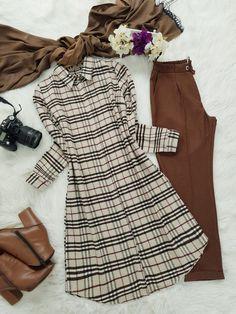 Girls Dresses Sewing, Stylish Dresses For Girls, Street Hijab Fashion, Muslim Fashion, Pakistani Dresses Casual, Casual Dresses, Girls Fashion Clothes, Fashion Dresses, Shirt Dress Pattern