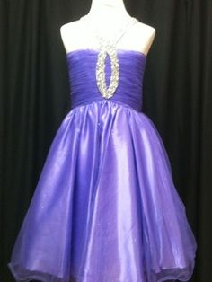 Party Time Preteen 1446 Preteen Dresses / This would be a beautiful pageant dress if full-length Tween Party Dresses, Dresses For Tweens, Pageant Dresses, Outfits For Teens, Girl Outfits, Fashion 101, Cute Fashion, Girl Fashion, Pretty Outfits